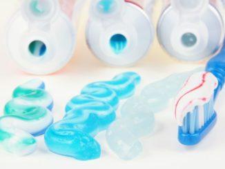 Beste Zahnpasta für weiße Zähne - So findet man sie